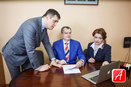 адвокат по кредитным долгам москва
